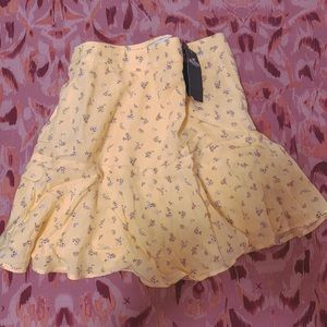 Hollister Short skirt